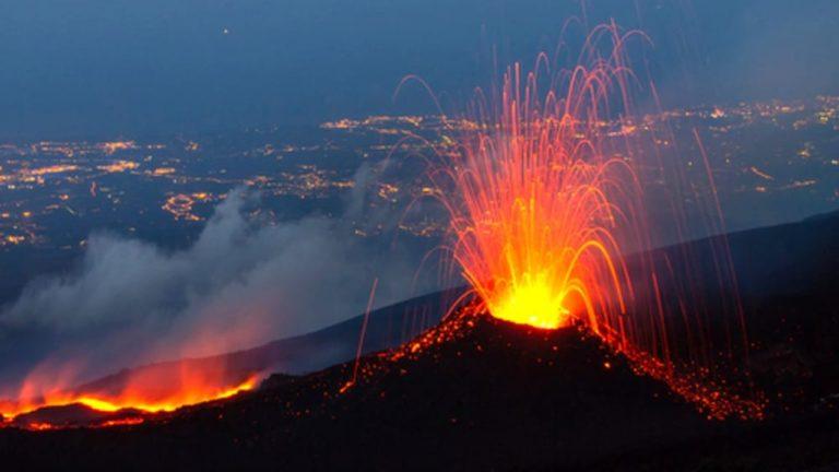 Comunque insieme … Attività del vulcano
